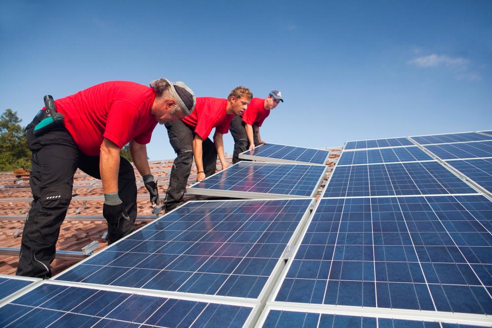 Faire appel à des professionnels pour son projet d'exploitation d'énergie solaire
